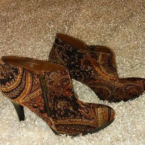 DIBA,super funky, paisley booties. Size 8.5